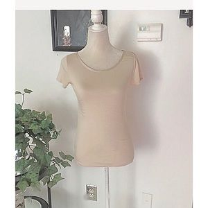 Banana Tan Short Sleeve Top Size Small